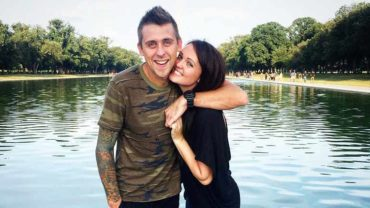 Roman Atwood with his wife Brittney Smith