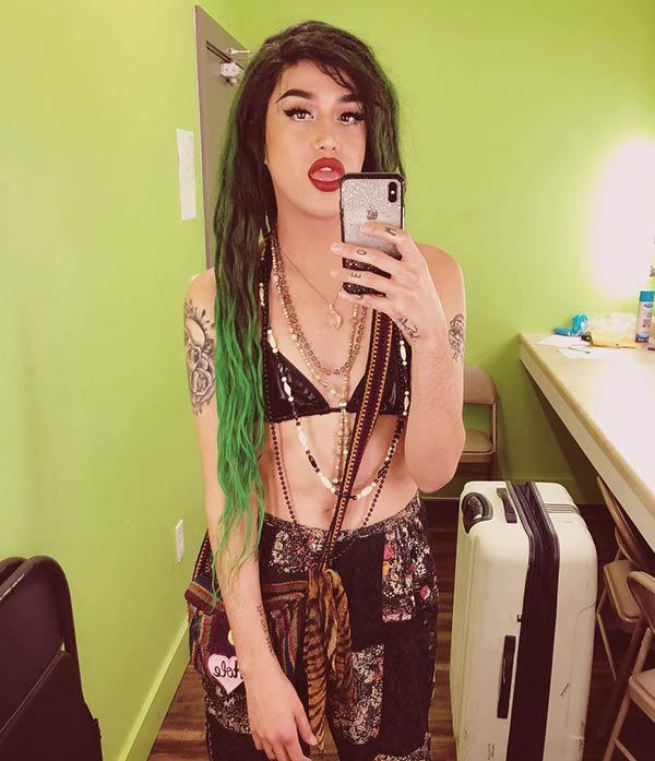 Image of Adore Delano height is 5 feet 8 inches