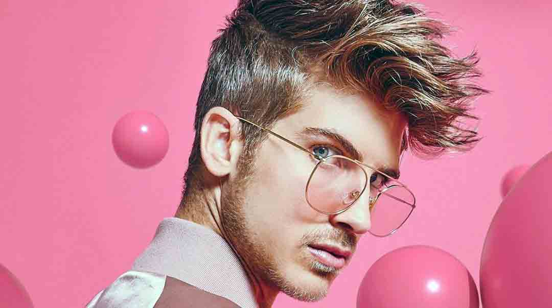 Joey Graceffa's Net Worth 2020, his Age, Height and Dogs.